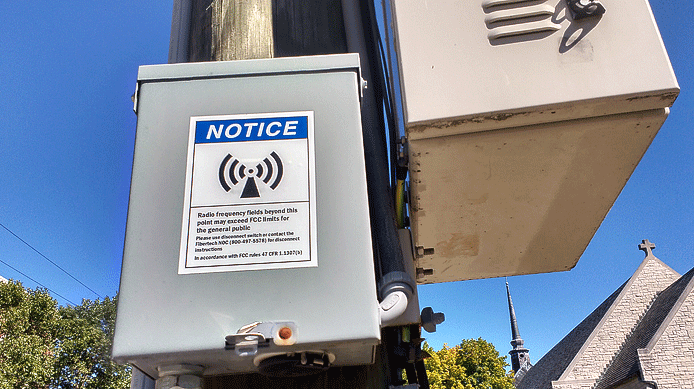 Homeowners Concerned About New 5G Towers