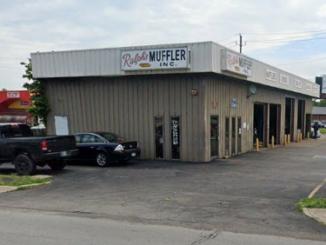 Exterior of Ralph's Muffler shop